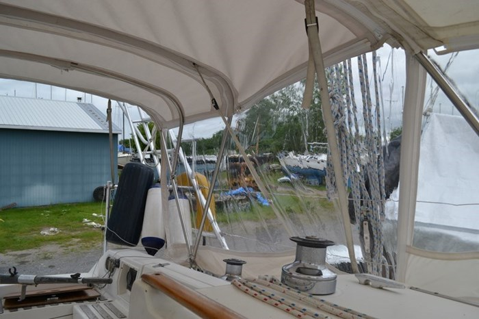 1988 Beneteau First 35s5 Photo 21 sur 43