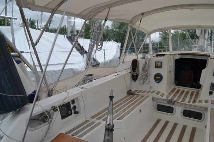 1988 Beneteau First 35s5 Photo 22 sur 43