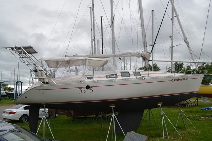 1988 Beneteau First 35s5 Photo 23 sur 43