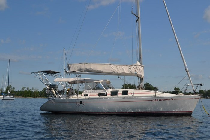 1988 Beneteau First 35s5 Photo 1 sur 43