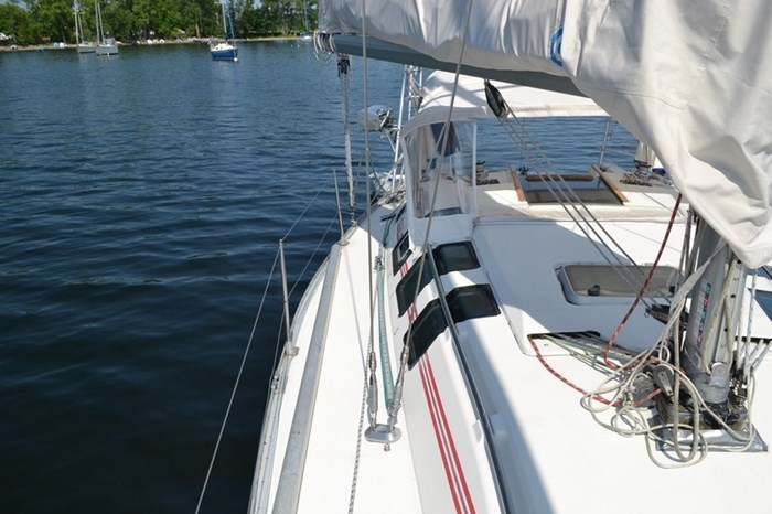1988 Beneteau First 35s5 Photo 32 sur 43