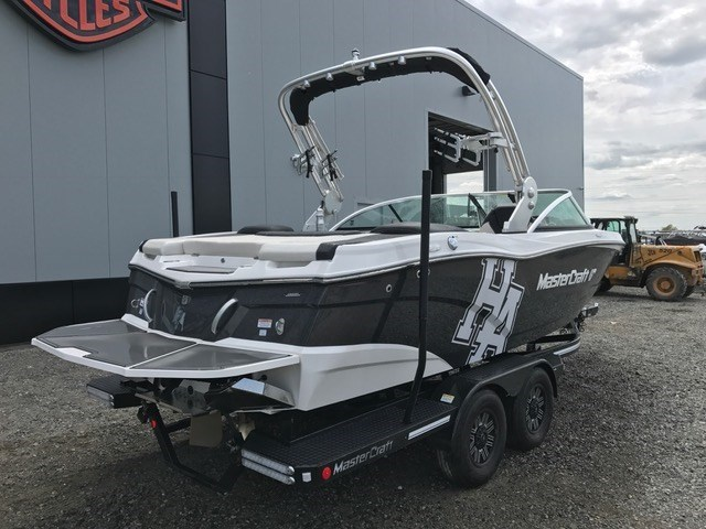 2018 MASTERCRAFT XT 21 Photo 5 of 7