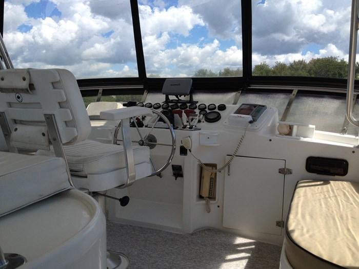 1993 Hyatt 47 ft  Motor Yacht Photo 2 of 42