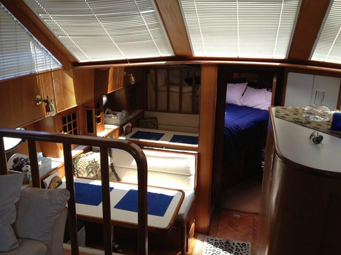 1993 Hyatt 47 ft  Motor Yacht Photo 5 of 42