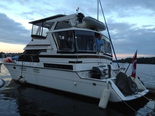 1993 Hyatt 47 ft  Motor Yacht Photo 41 of 42