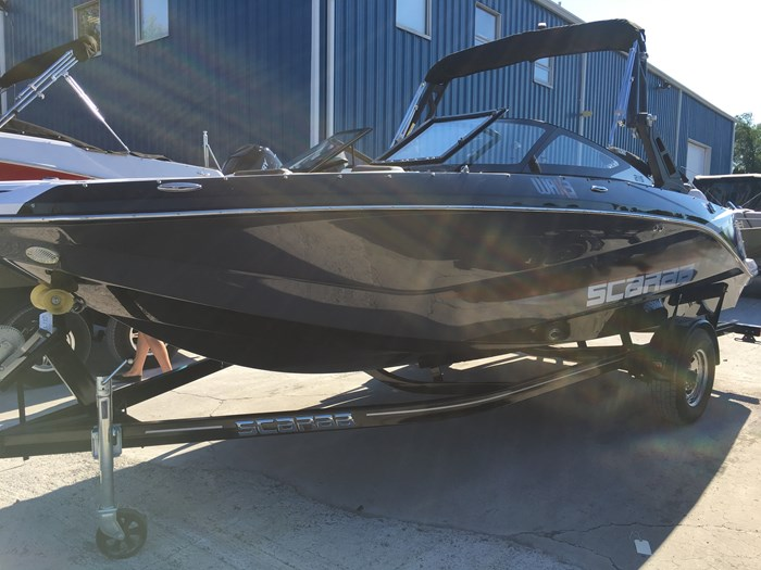 2019 Scarab 215 Identity Jet Twin Rotax 200HP WB Tower Trailer Photo 3 sur 21