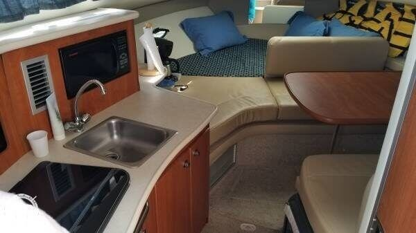 2005 Bayliner 275 SB Cruiser Photo 9 sur 20