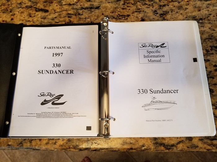 1997 Sea Ray 330 Sundancer Photo 51 of 57