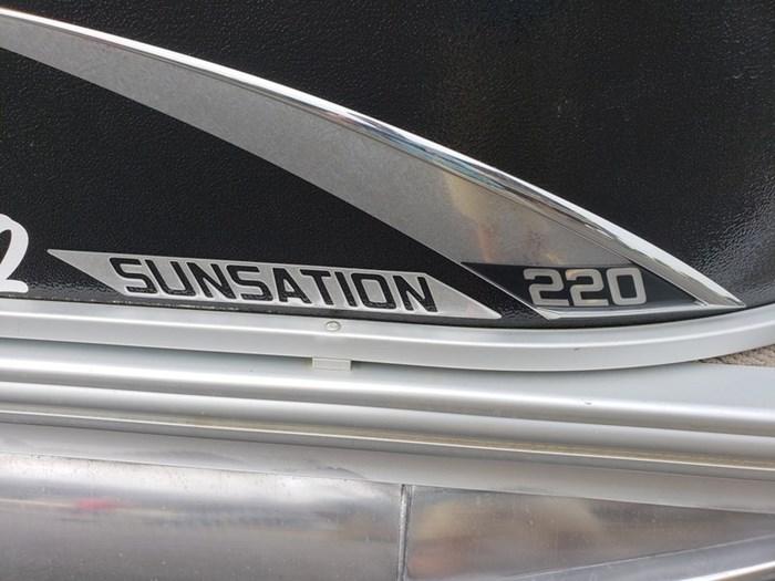 2015 Premier Sunsation RE 220 Photo 7 of 38