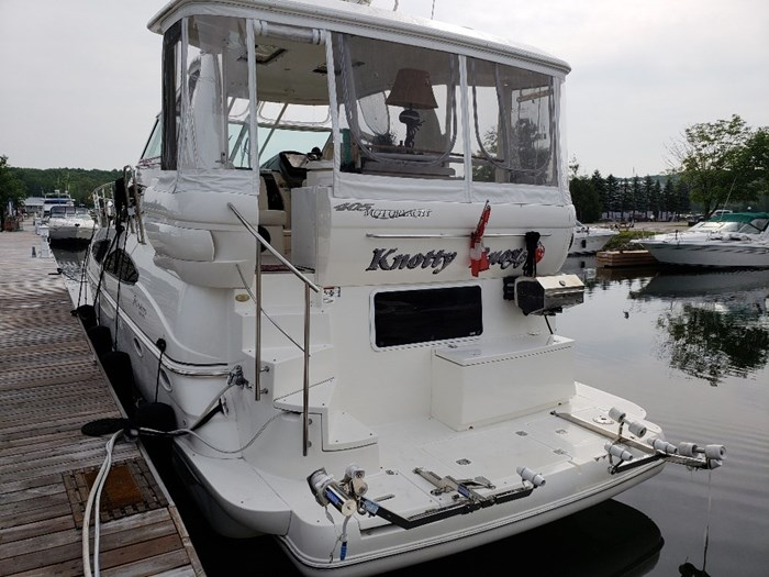 Cruisers Yachts 405 Express My 2005 Used Boat For Sale In Midland Ontario Boatdealers Ca