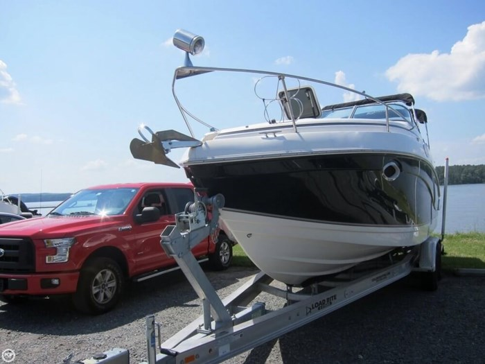 2007 Rinker 250 Express Cruiser Photo 5 sur 20