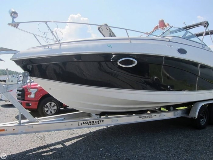 2007 Rinker 250 Express Cruiser Photo 7 sur 20