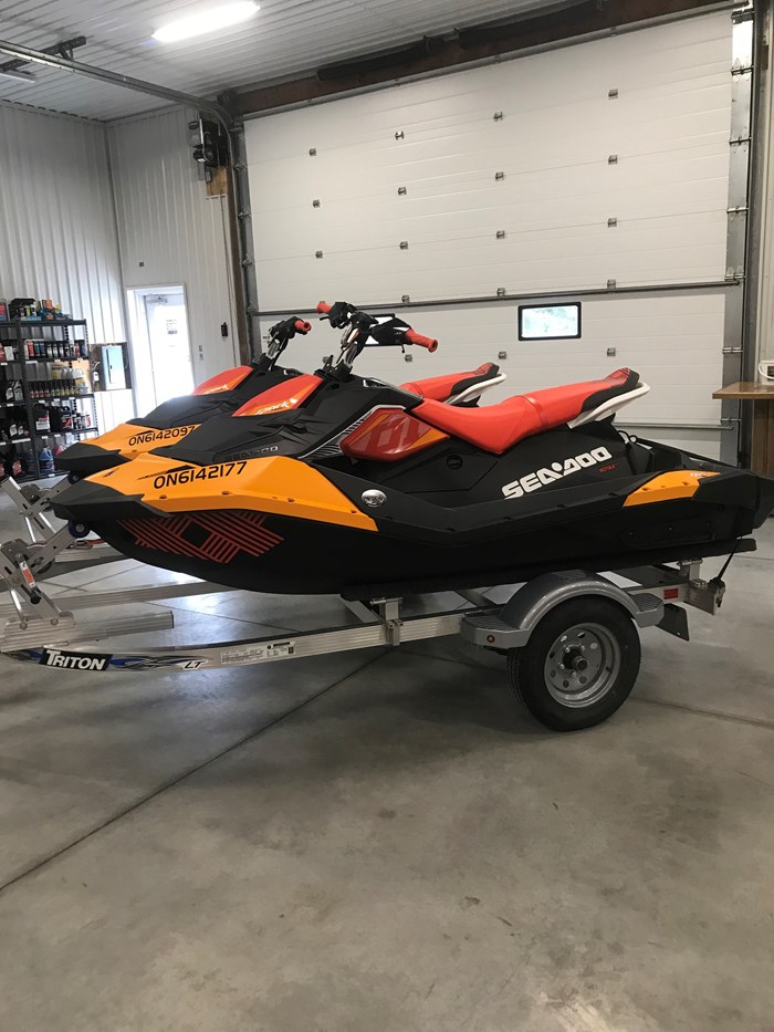2018 Sea-Doo Spark Trixx Photo 1 of 7