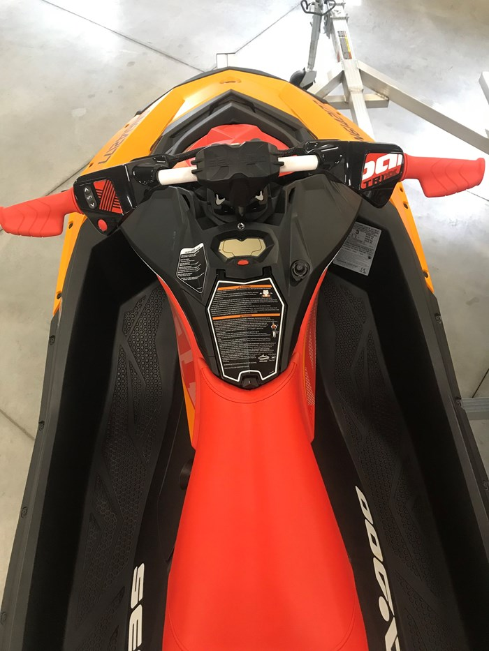 2018 Sea-Doo Spark Trixx Photo 5 of 7