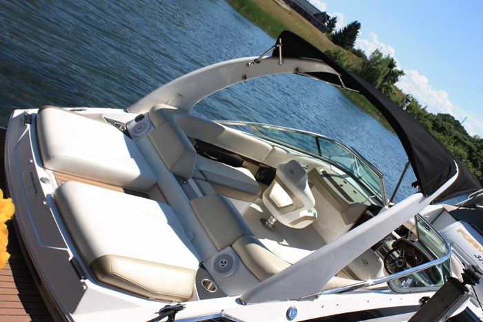2011 Regal 2300 Bowrider with Trailer Photo 7 of 12