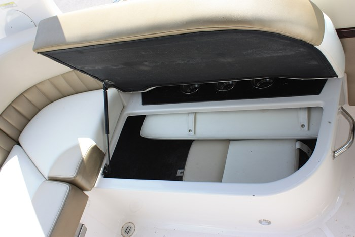 2011 Regal 2300 Bowrider with Trailer Photo 11 of 12