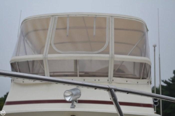 1983 Viking Yachts 35 Convertible Photo 10 of 20