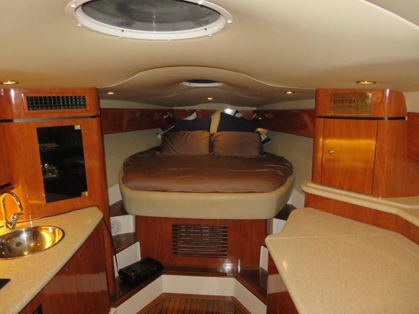 2007 Fountain 38 Express Cruiser Photo 30 of 113
