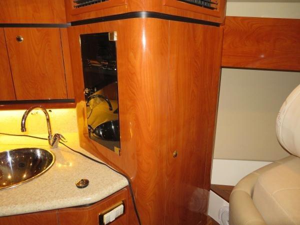 2007 Fountain 38 Express Cruiser Photo 41 of 113