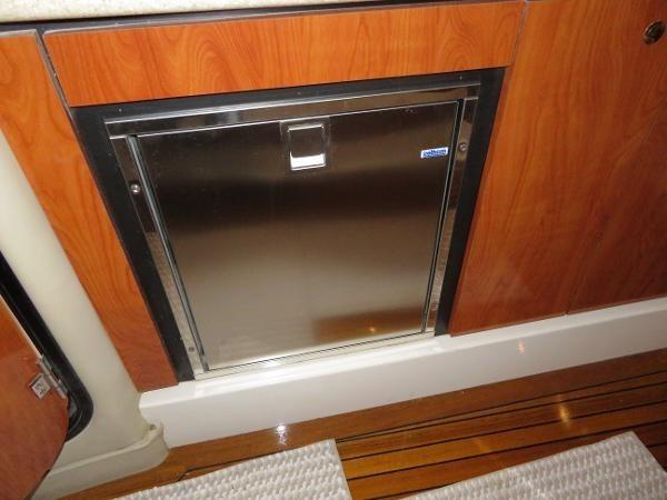 2007 Fountain 38 Express Cruiser Photo 45 of 113