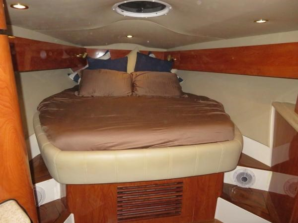 2007 Fountain 38 Express Cruiser Photo 54 of 113