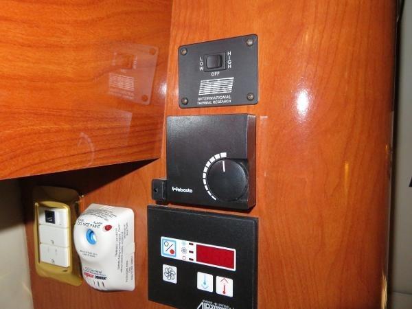 2007 Fountain 38 Express Cruiser Photo 68 of 113