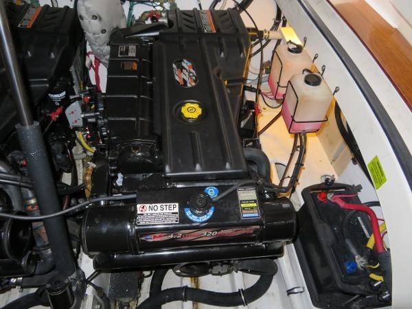 2007 Fountain 38 Express Cruiser Photo 87 of 113