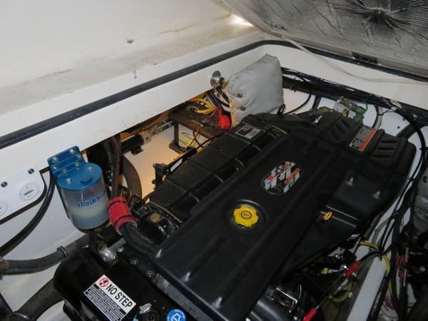 2007 Fountain 38 Express Cruiser Photo 91 of 113