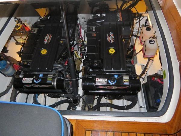 2007 Fountain 38 Express Cruiser Photo 92 of 113