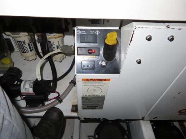 2007 Fountain 38 Express Cruiser Photo 95 of 113