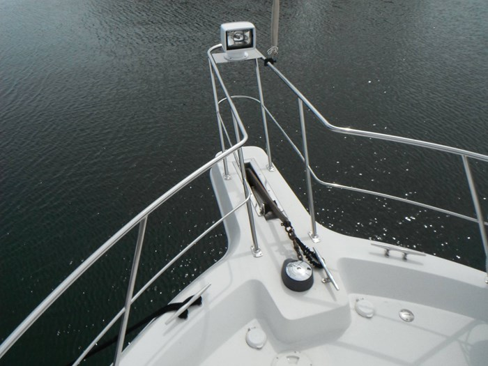 1997 Carver 445 Aft Cabin Motor Yacht Photo 8 of 67