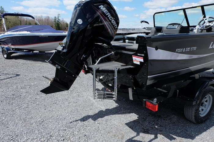 2019 Lowe FS 1800 Merc 115HP Trailer Fish Finder Stereo Photo 6 of 18