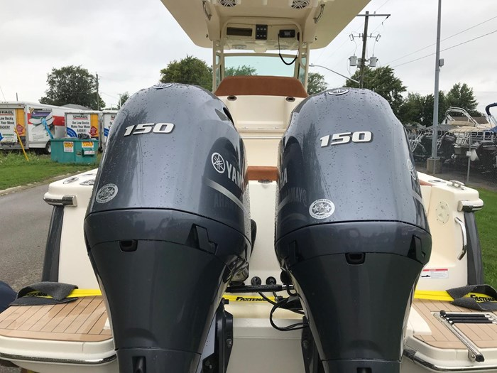 2019 Scout 255 LXF Photo 2 of 8