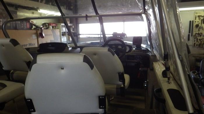 2014 Crestliner Fish Hawk 1750 WT Photo 4 sur 6