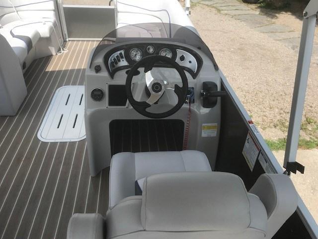 2018 SunCatcher Pontoons by G3 Boats V322 C @ Yamaha VF 150 Photo 3 of 10