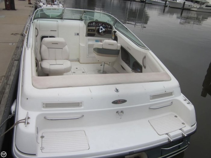 1999 Chaparral 2335 SS Photo 9 sur 20