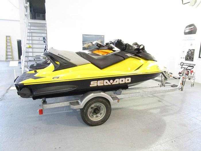 2003 Sea-Doo GTX 4-TEC & GTR215 Photo 3 sur 6