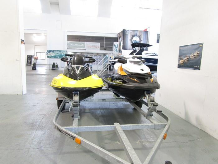 2003 Sea-Doo GTX 4-TEC & GTR215 Photo 1 sur 6