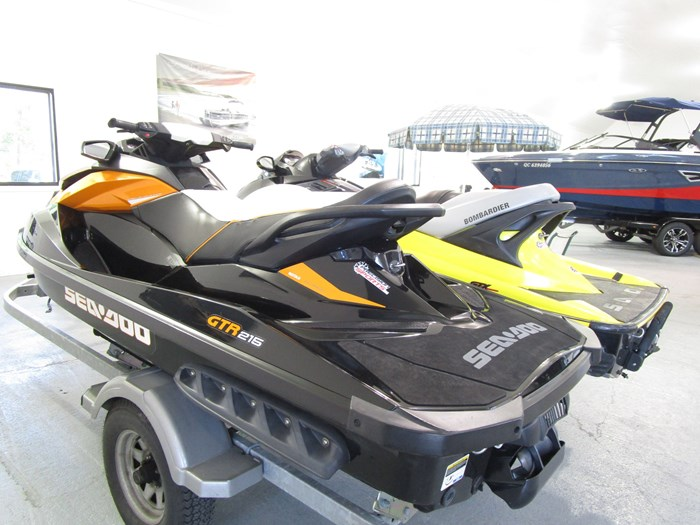 2003 Sea-Doo GTX 4-TEC & GTR215 Photo 6 sur 6