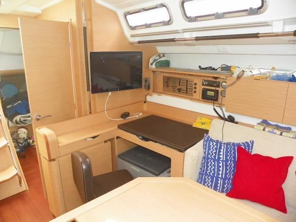 2010 Beneteau First 45 Photo 16 sur 29