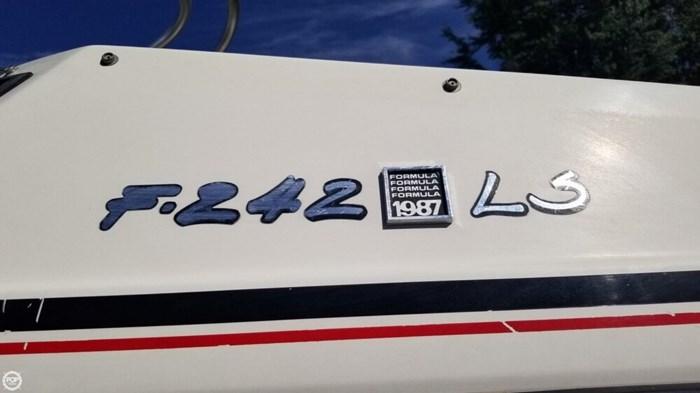 1987 Formula 242 LS Photo 3 sur 20