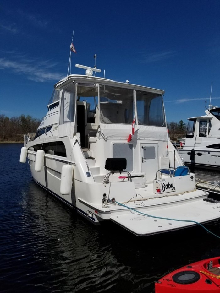 2007 Carver 43 Motor Yacht Photo 3 of 73