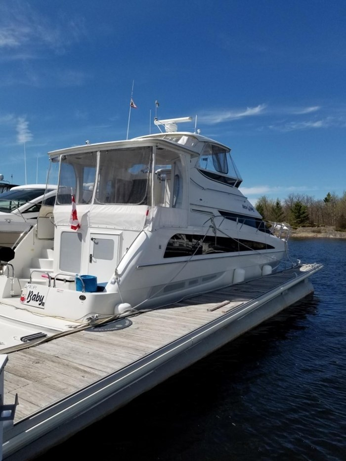 2007 Carver 43 Motor Yacht Photo 4 of 73