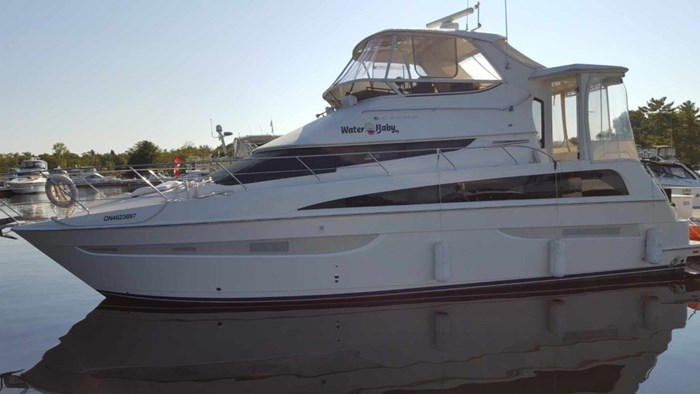2007 Carver 43 Motor Yacht Photo 2 of 73