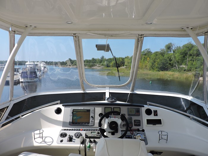 2007 Carver 43 Motor Yacht Photo 26 of 73
