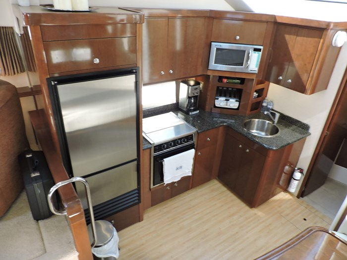 2007 Carver 43 Motor Yacht Photo 46 of 73