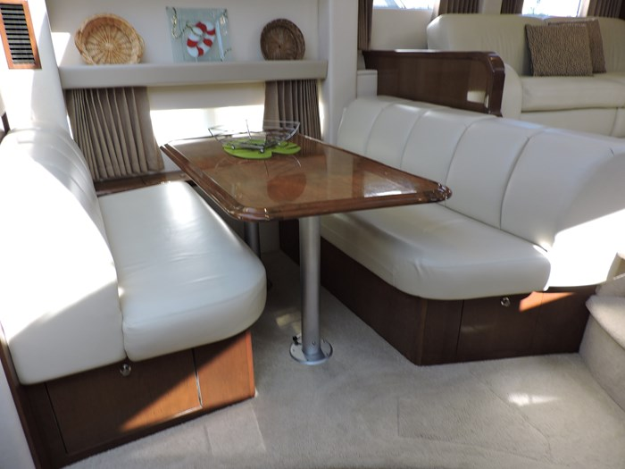2007 Carver 43 Motor Yacht Photo 50 of 73