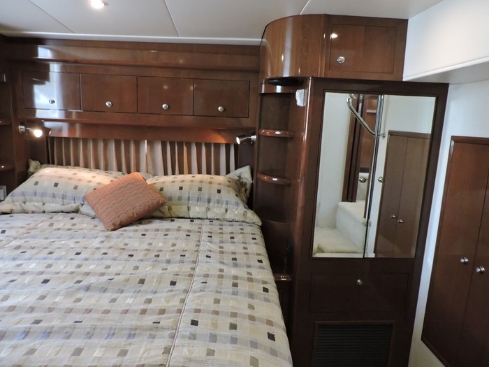 2007 Carver 43 Motor Yacht Photo 60 of 73