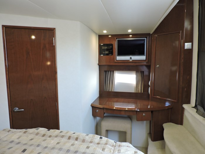 2007 Carver 43 Motor Yacht Photo 62 of 73