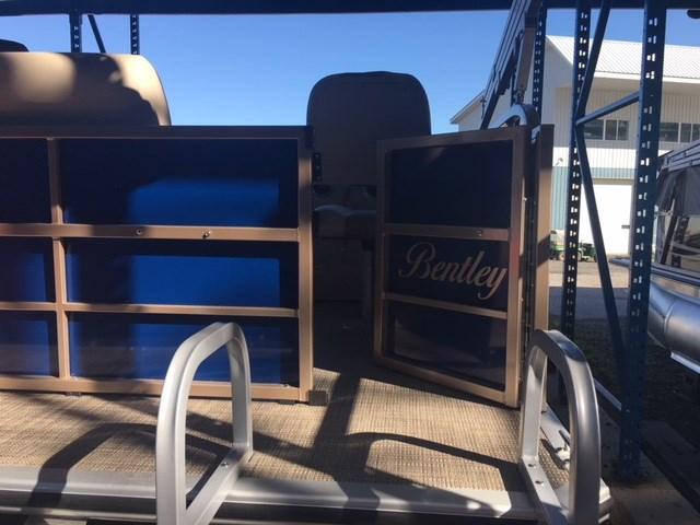 2019 Bentley Pontoons 180 Cruise w/Yamaha 60 hp Photo 3 of 10